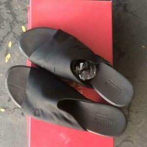 Munro Traci Black Fabric Sandal, Never worn